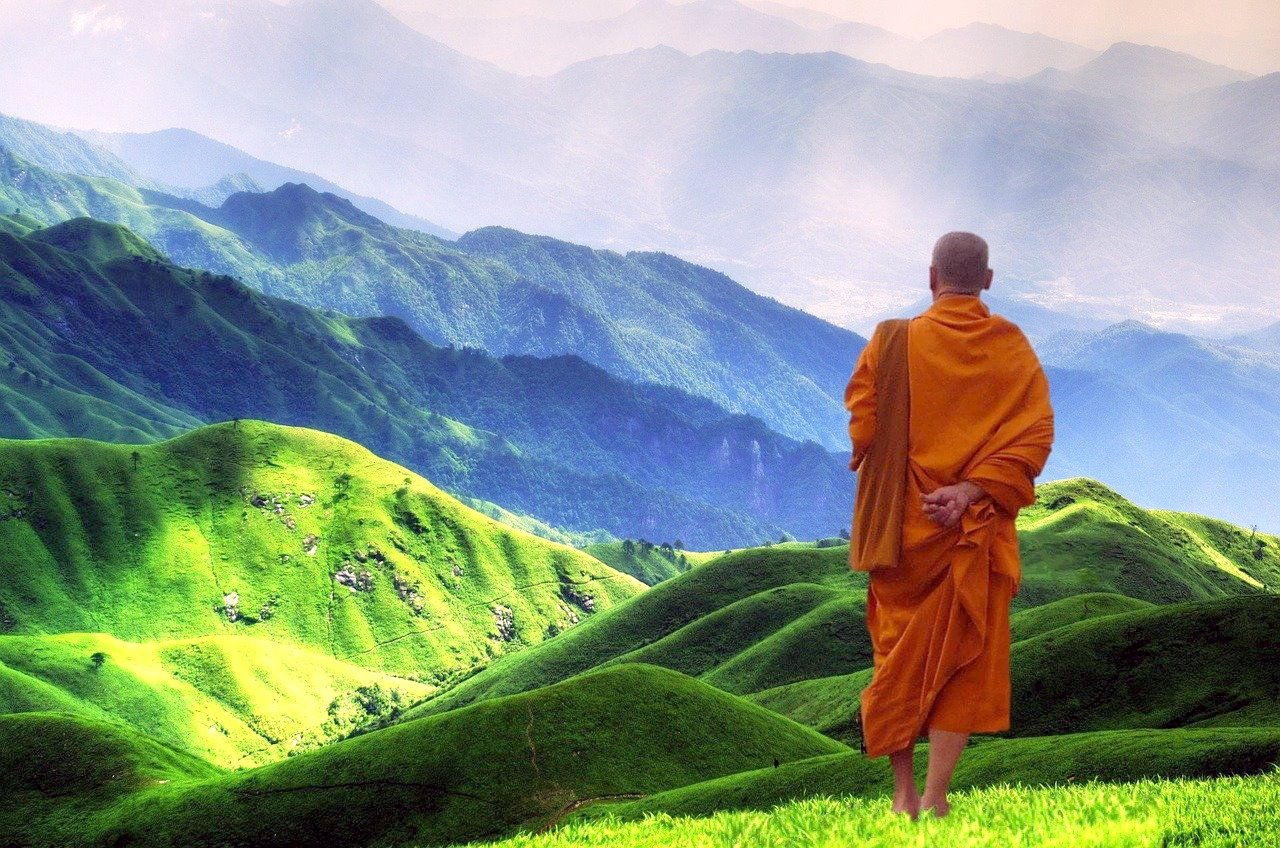 22 Valuable Life Lessons & Inspirational Quotes from The Monk who Sold His Ferrari